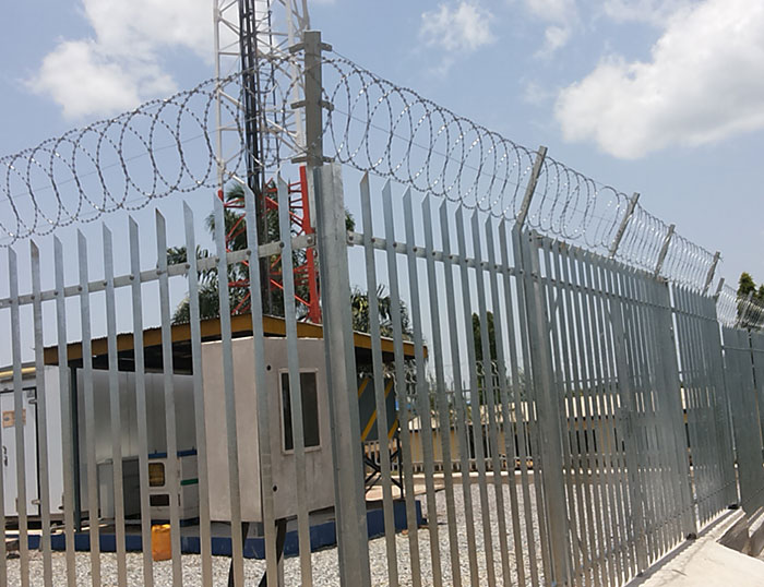 Selection wire mesh fence criteria for substation